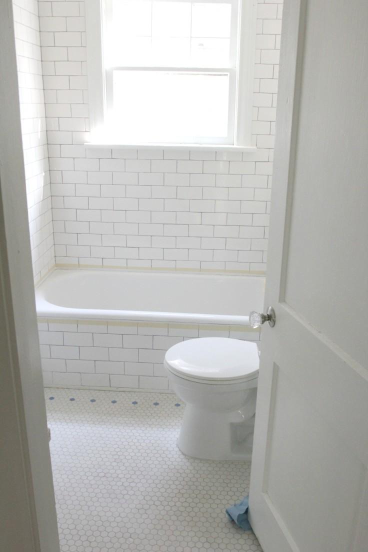 Antique Bathtub Refinish 2