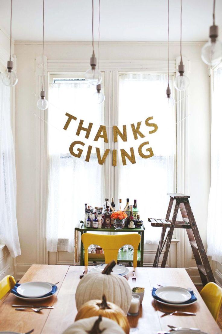 A Beautiful Mess - Happy Thanksgiving Garland
