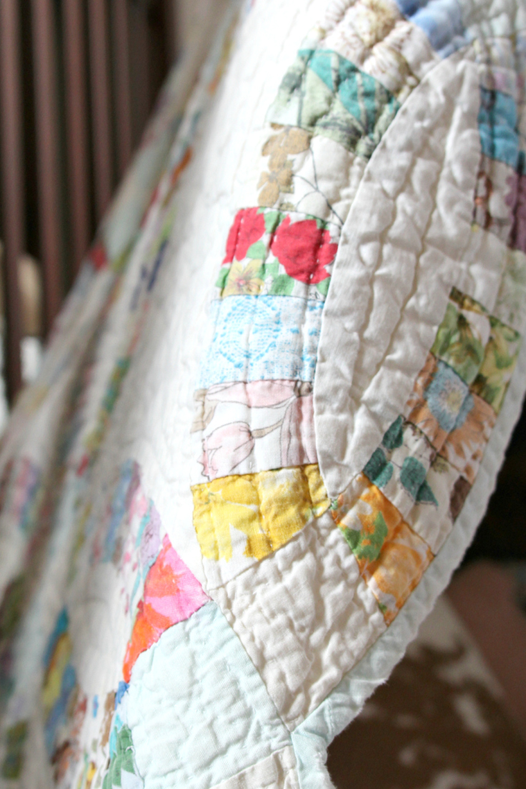 The Grit and Polish - DIY Teepee antique quilt