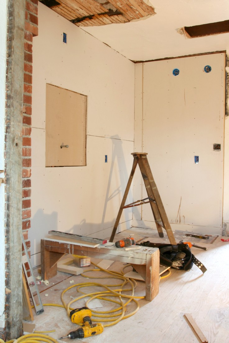 The Grit and Polish - Kitchen Drywall