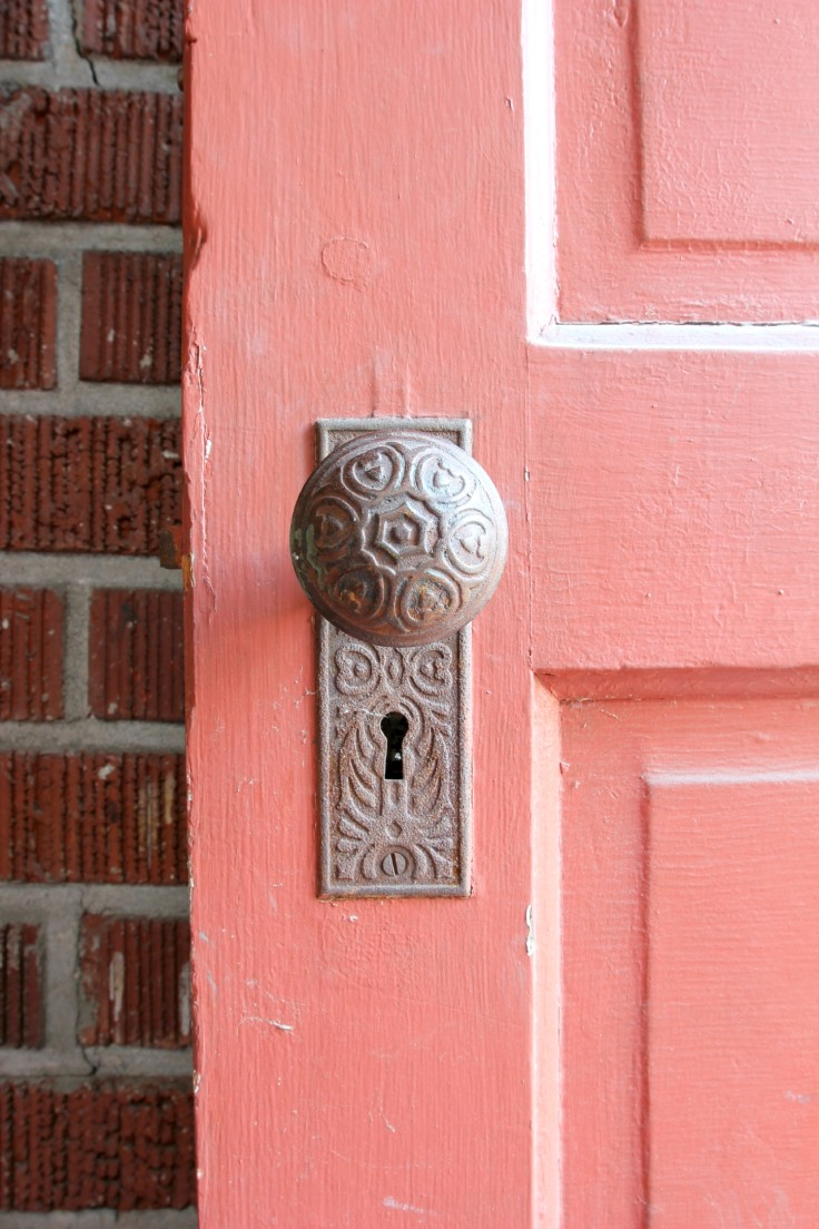 The Grit and Polish - Mudroom old door handle