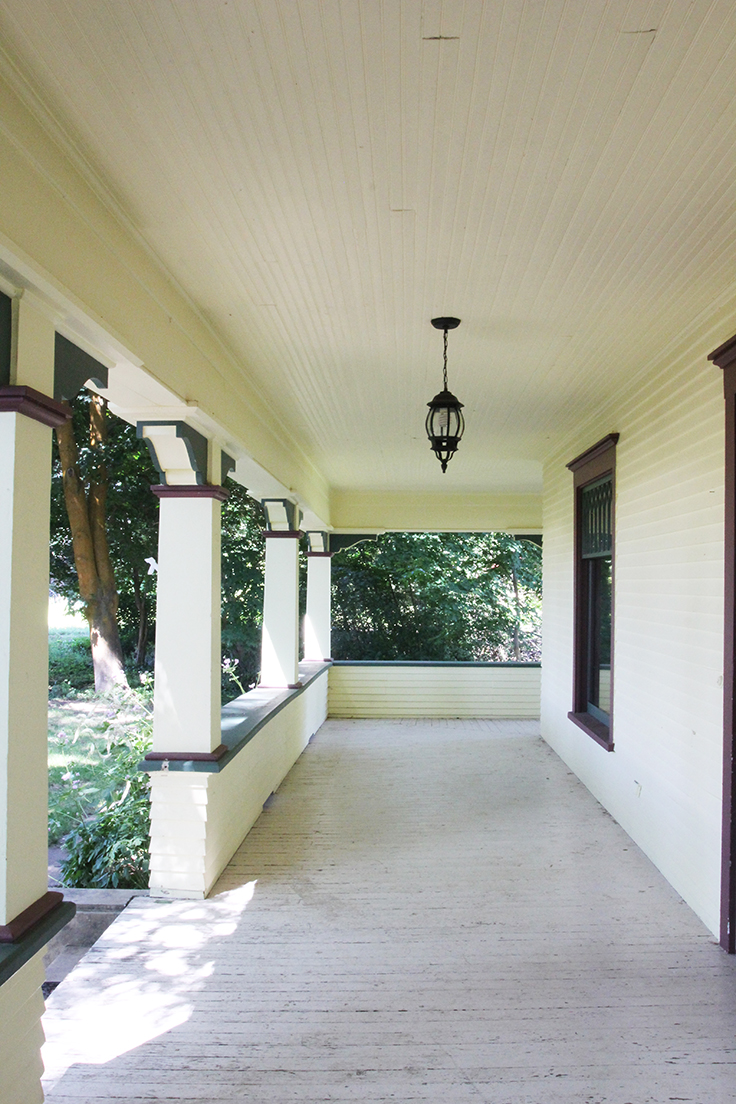 The Grit and Polish - Farmhouse Before Porch