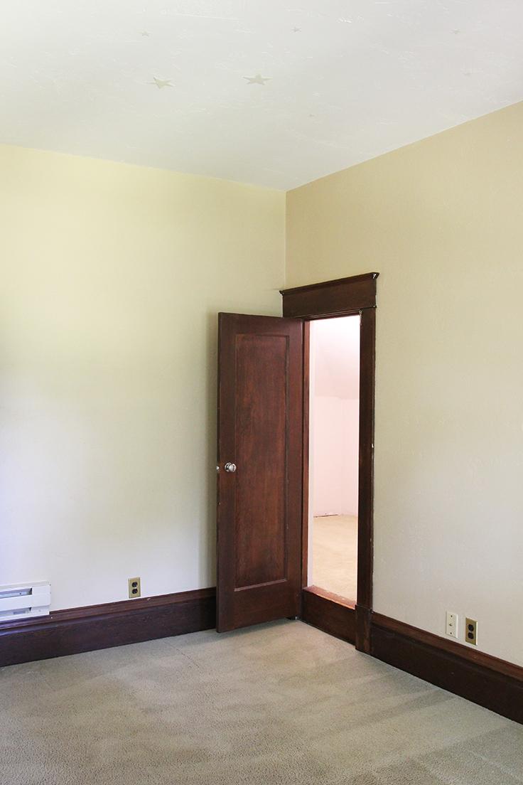 The Grit and Polish - Farmhouse Boys Room Closet Door