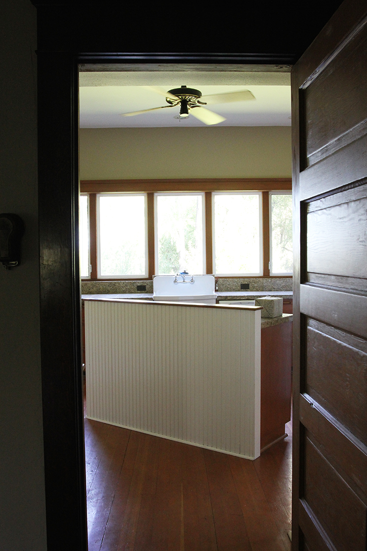 The Grit and Polish - Farmhouse Kitchen Before