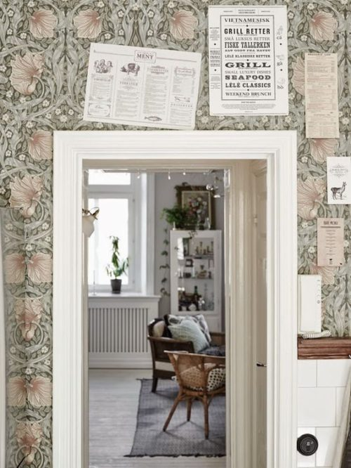 Johanna B wallpapered kitchen space 3.17.17
