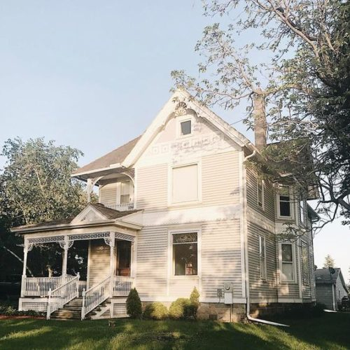 Victorian Farmhouse Insta