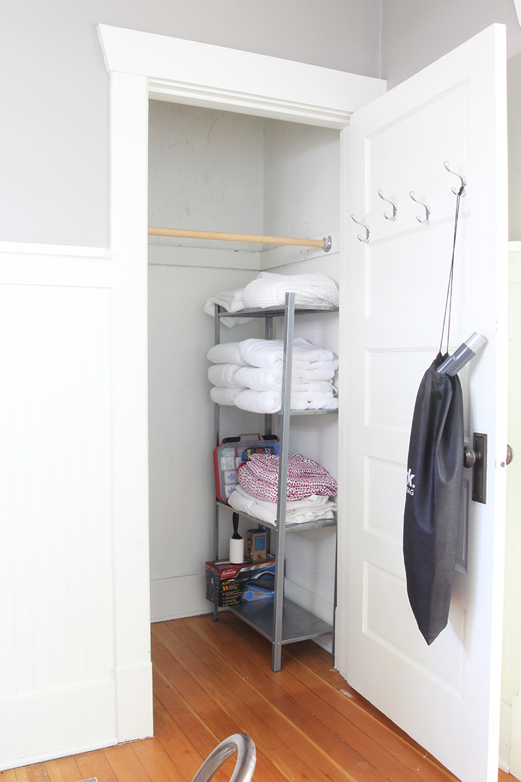 The Grit and Polish - Bryant Airbnb After Office closet