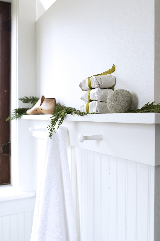The Grit and Polish - Farmhouse Bathroom Christmas Shaker Peg Shelf.jpg