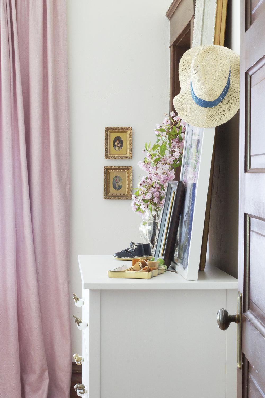 The Grit and Polish - Farmhouse Daphne's Room Brass Pics 4.jpg