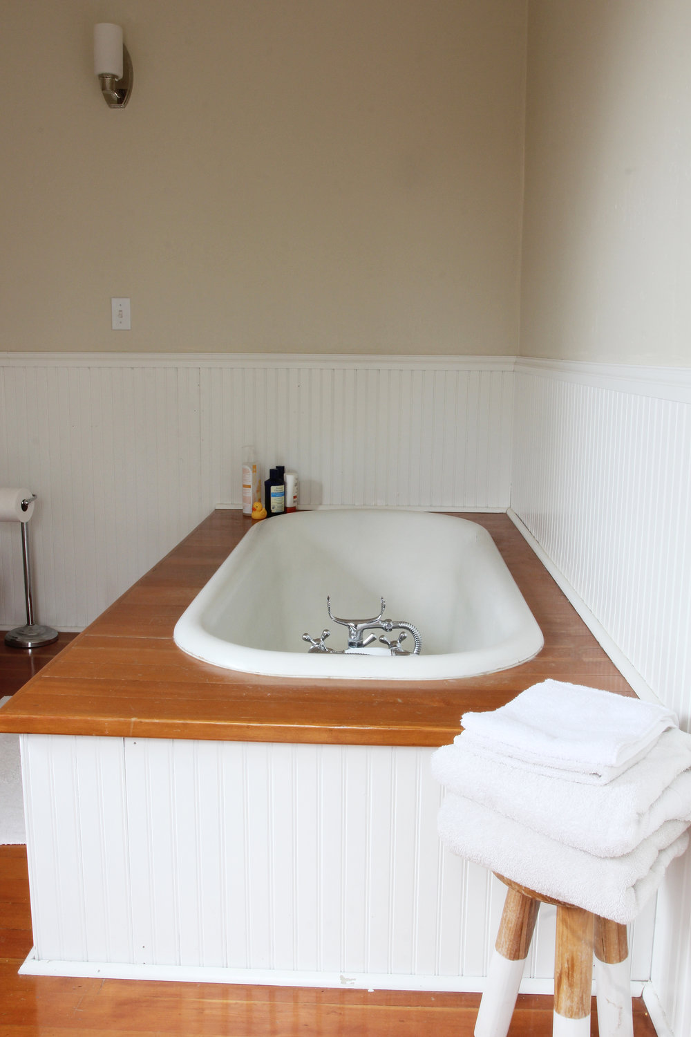 The Grit and Polish - Farmhouse Tour bath.jpg