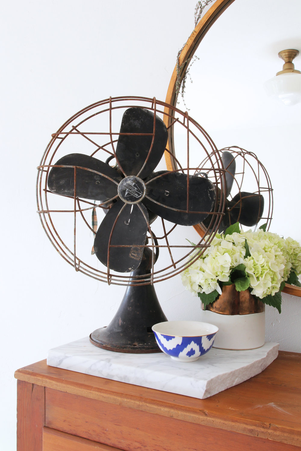 the-grit-and-polish-master-bedroom-fan