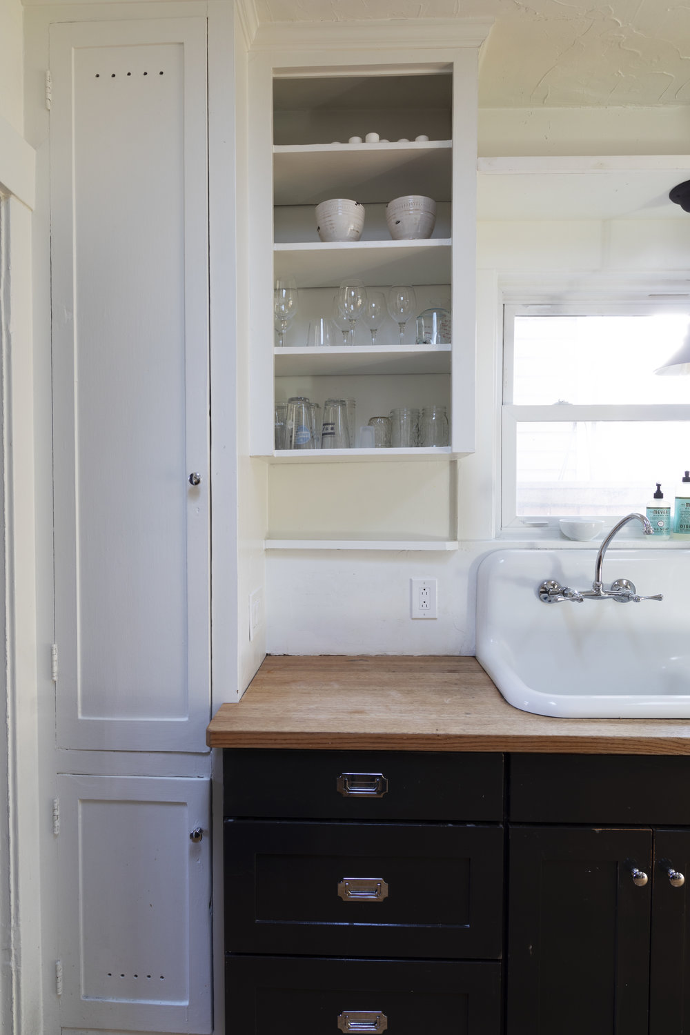 The Grit and Polish - Dexter Kitchen Cabinets NO DOOR BEFORE.jpg