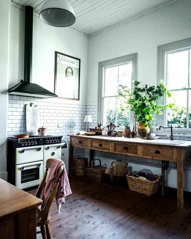 deconstructed kitchens // Meg and Neil Thumpston's Home via Homes to Love // via the Grit and Polish