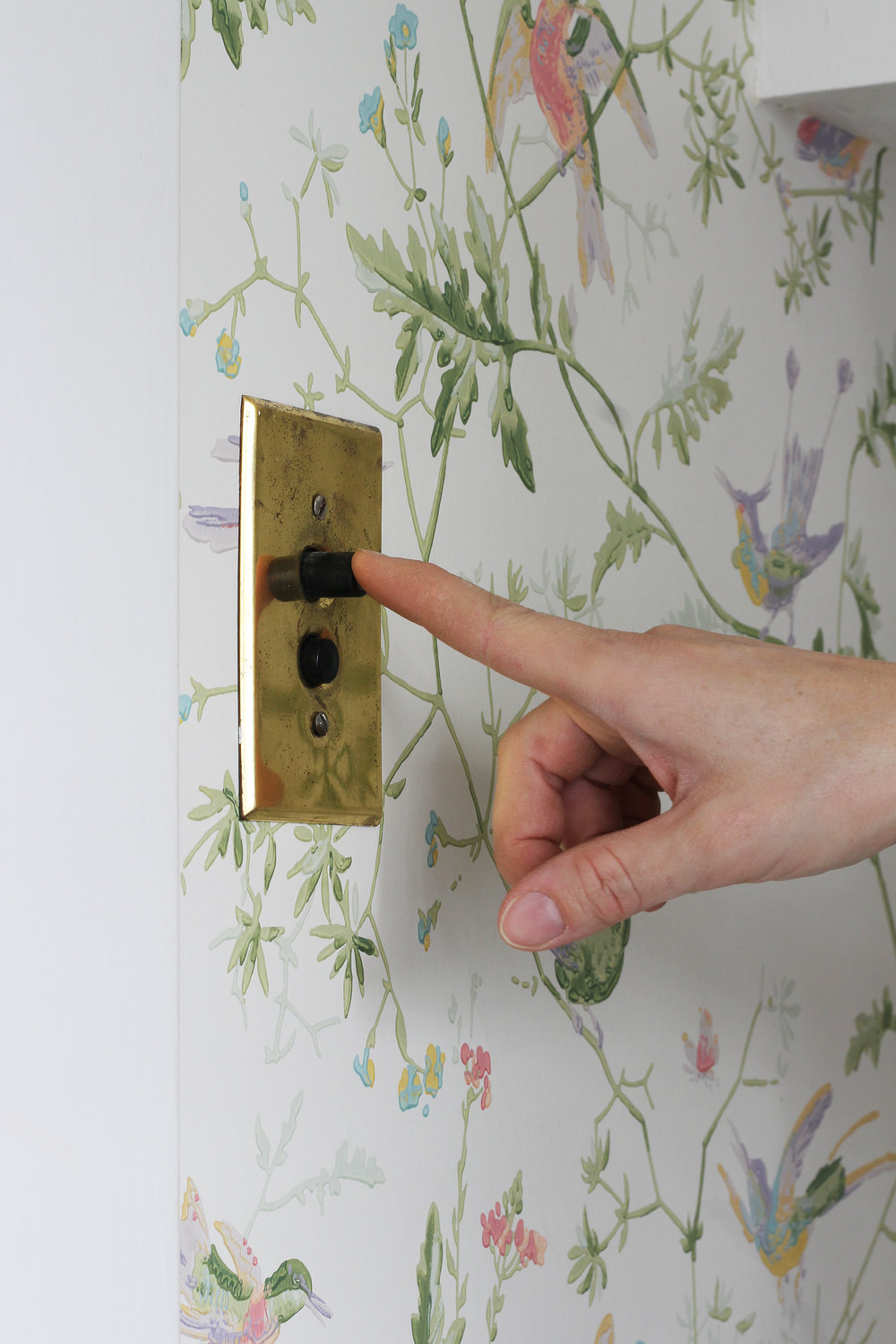 The Grit and Polish - Winnies Bathroom switch.jpg