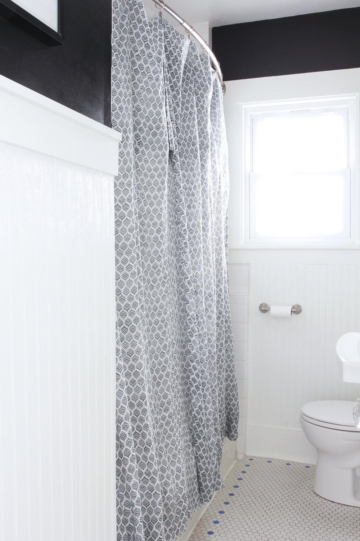 The Grit and Polish - Dexter Bathroom Refresh Under $1000 2.jpg