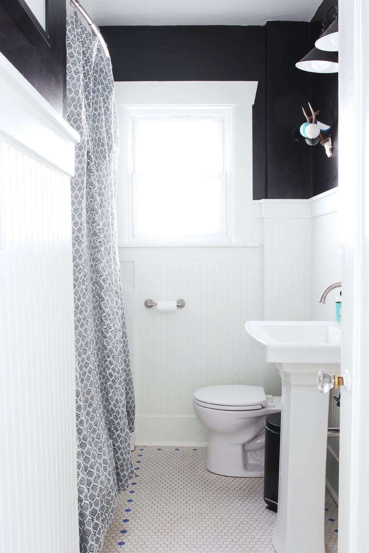 The Grit and Polish - Dexter Bathroom Refresh Under $1000.jpg