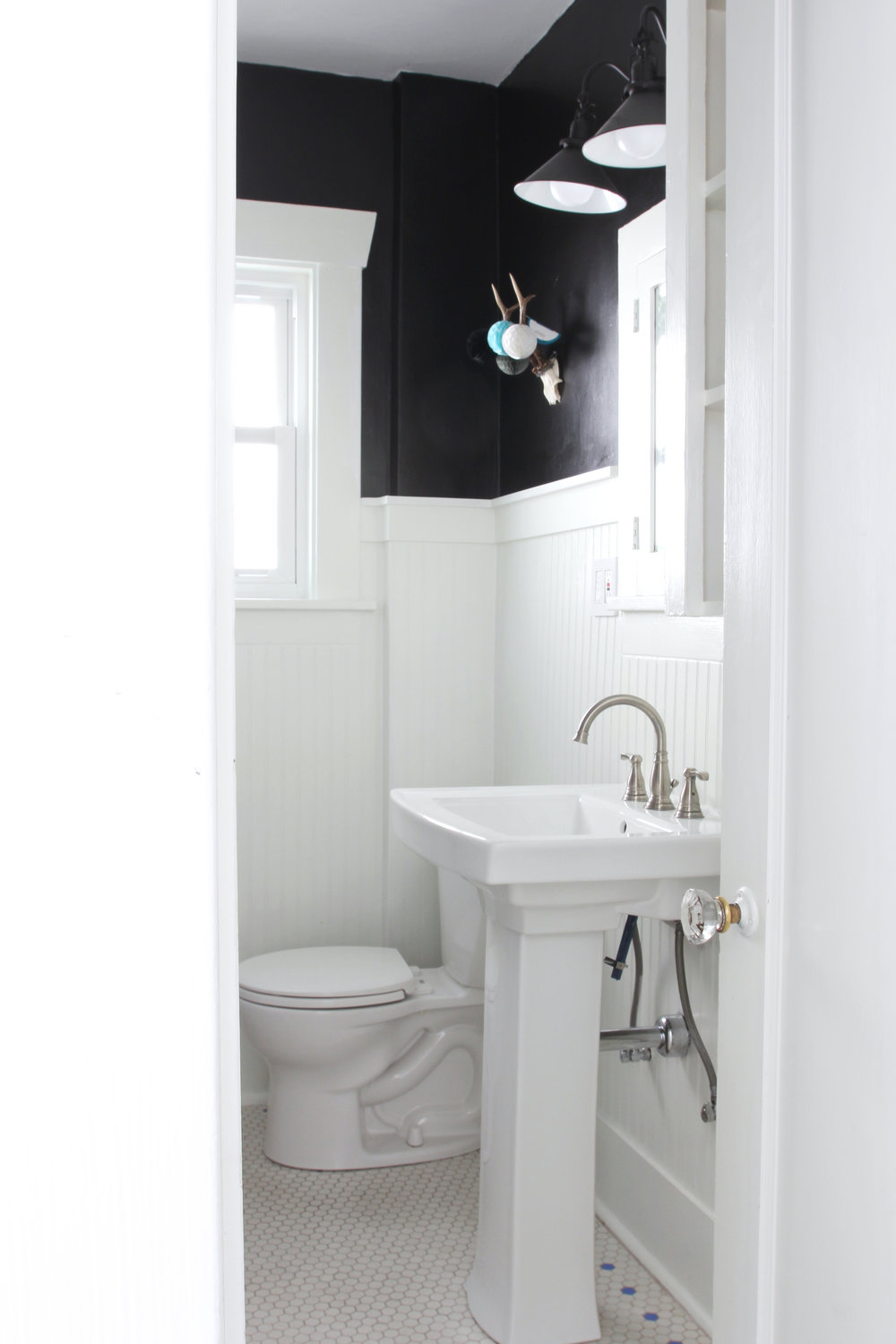 The Grit and Polish - Dexter Bathroom Refresh Under $1000 3.jpg