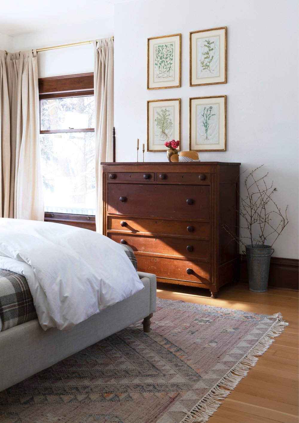 Farmhouse Master Bedroom // the Grit and Polish