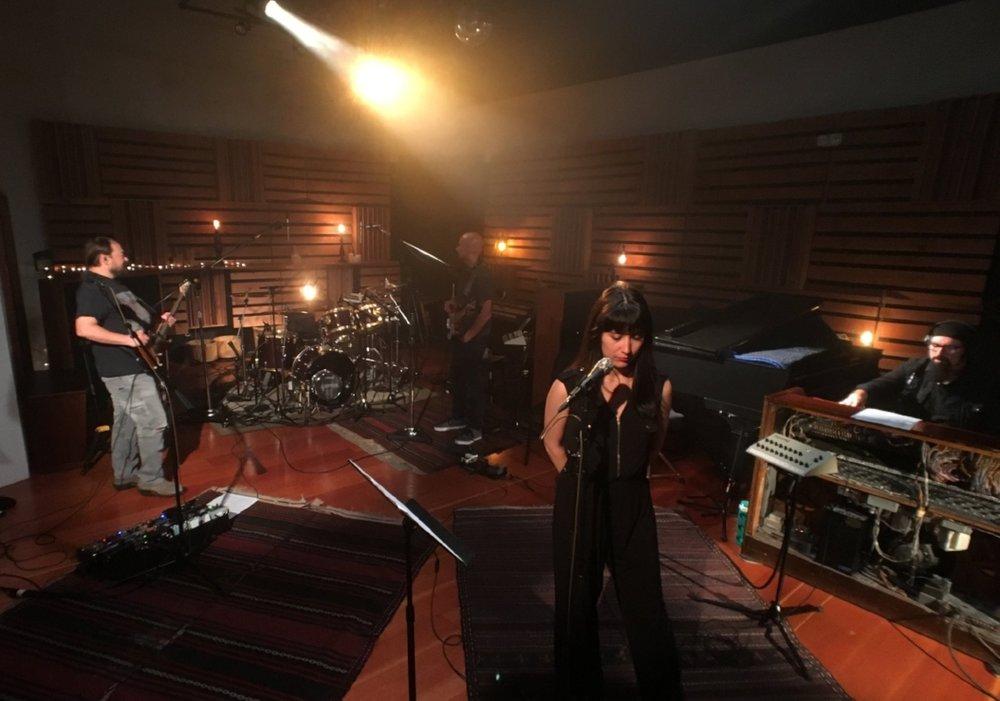 Brightshine band live1.jpg