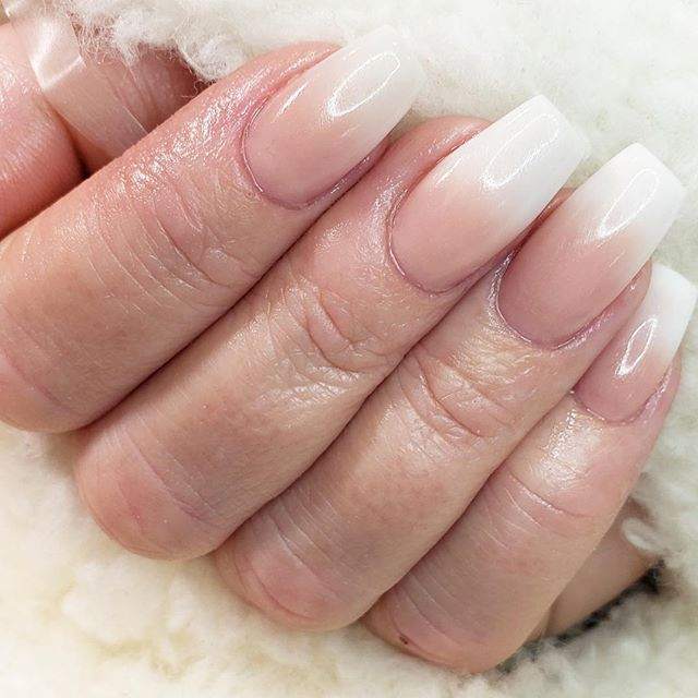 Love these nails by @tazmunails #nails #nailsofinstagram #nails💅 #manicure #mani #pedicure #pedi #beauty #spa #salon