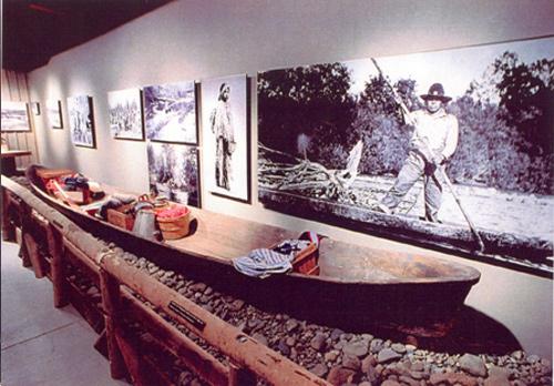 mukelshoot-exhibit.jpg