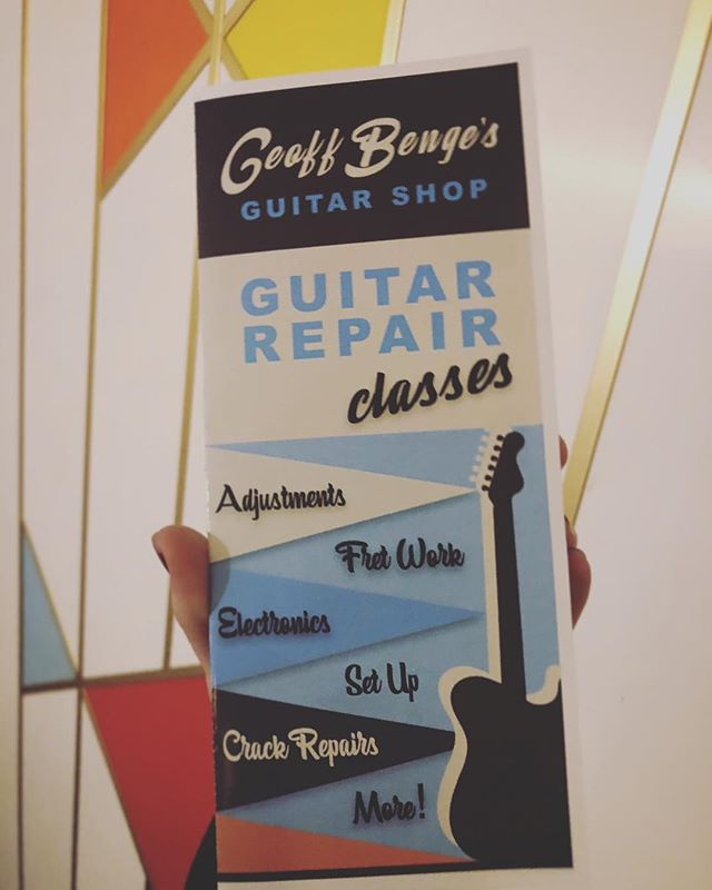 We have one spot left for the January Set-Up Workshop & Seminar and we're still giving $50 off. Also, February Enrollment is now open! Click on link in bio to sign up or reserve your spot! #classes #happyholidays #guitar #restoration #repair #custom #geoffbengesguitarshop