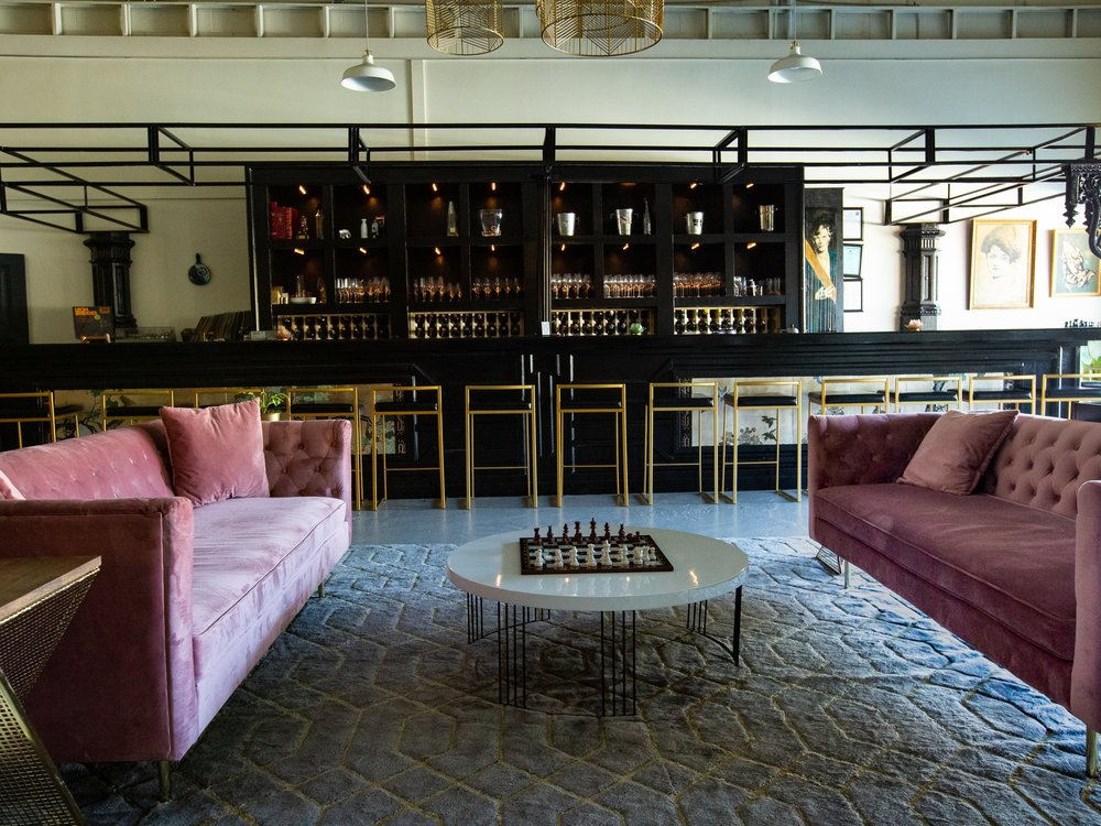 Ampersand Wine Bar - Opelika, Alabama