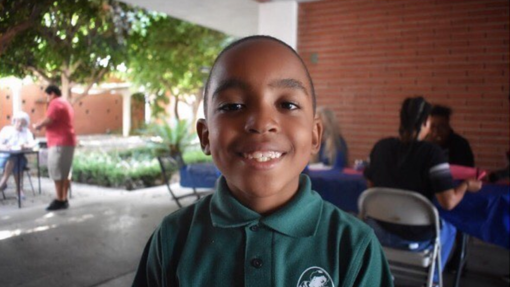 100% of your donation will fund after school programs and free meals for children in Long Beach! -