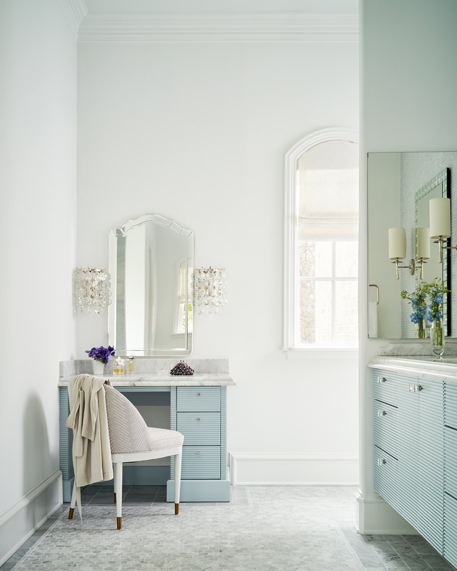 Stephen Karlisch Southlake Project Dressing Table