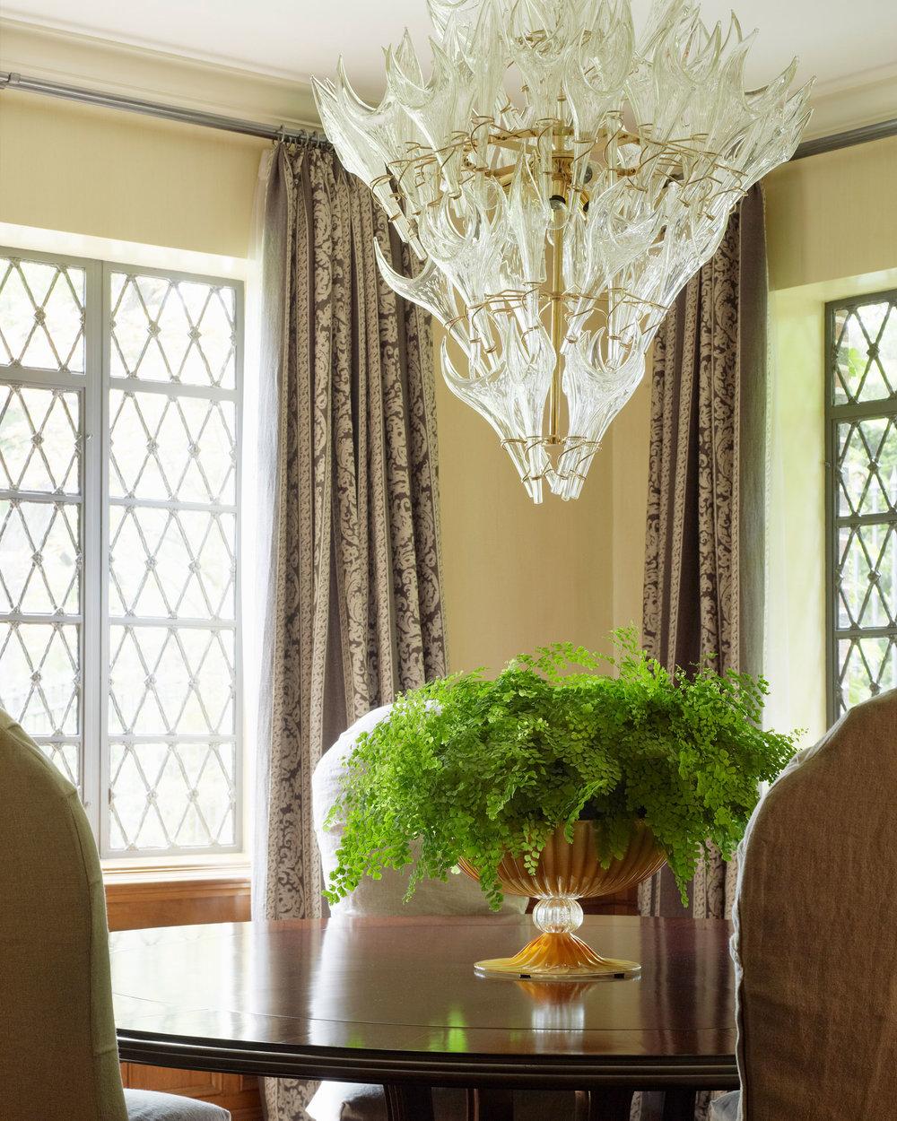 Stephen Karlisch D Home Balestri Dining Room