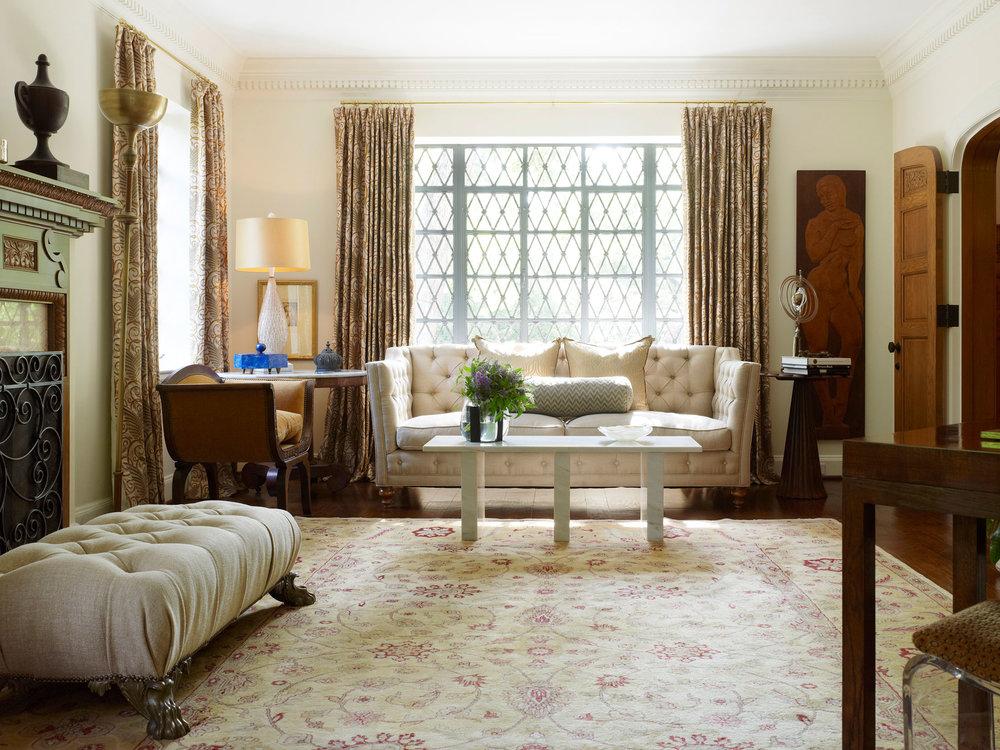 Stephen Karlisch D Home Balestri Living Room