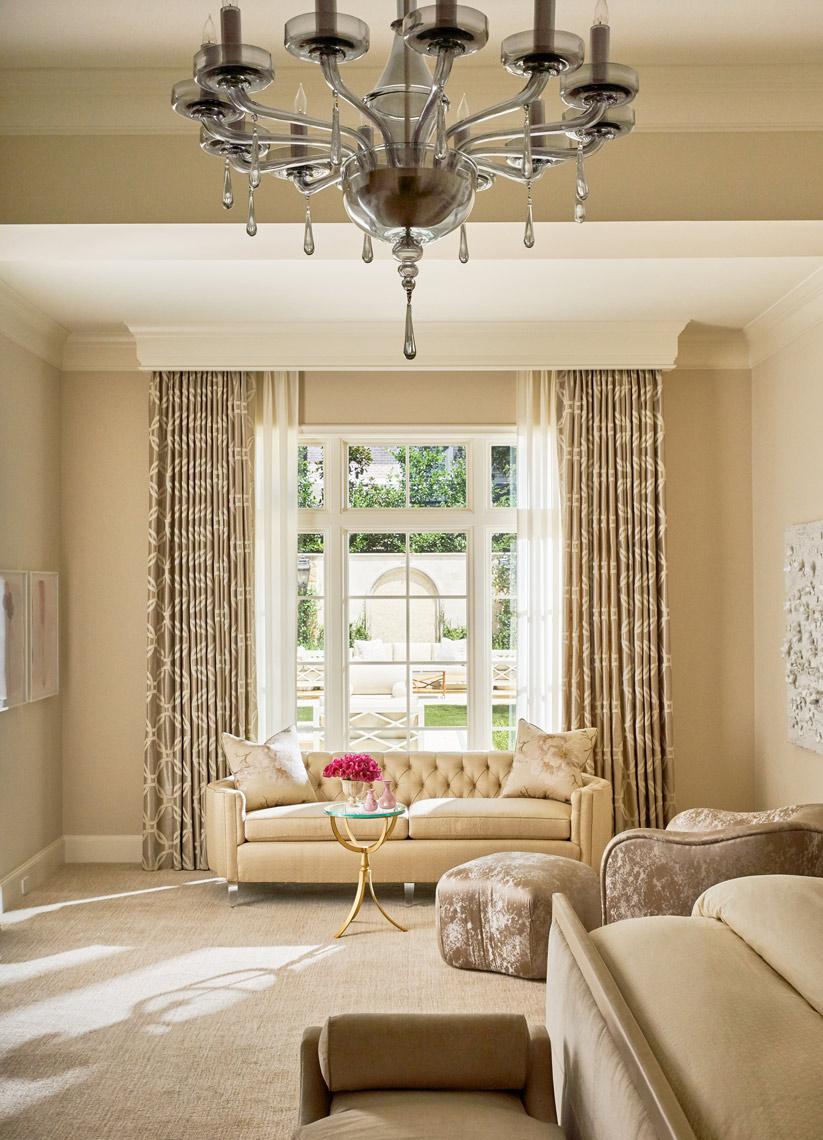 Stephen Karlisch Park Lane Bedroom Sitting Area