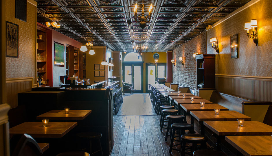 The Victoria Freehouse - The original bar of OLSC Philadelphia. Located at 10 South Front Street, join us here for any match. With an extensive English menu and ample parking across the street (as long as you pay), you are sure to have a great time with OLSC Philadelphia at the Vic!