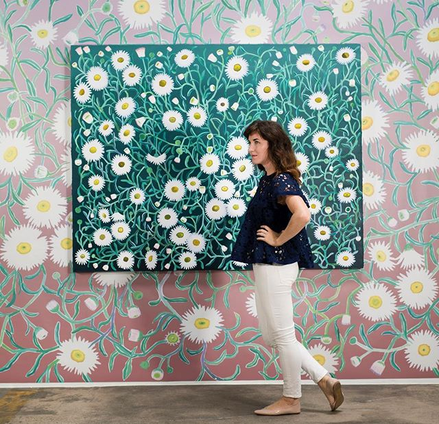 When I'm given a huge wall to fill...next time I'm taking on the floors too🌸🌼🌸 💚📷 @rfranciscophoto . . . . . #contemporarypainting #botanicalart #floral #flowerart #flowerlovers #artcollector #textiledesign #pattern #patternpeople #natureart #interiordesign #garden #flowers