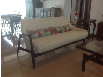 Retro Sofa -