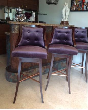 Neelu Bar Chair -