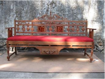 Tile Bench -