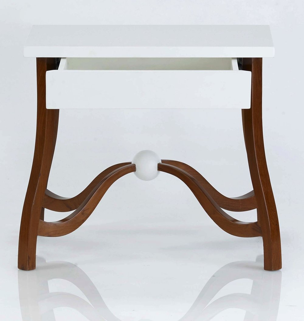 Ball side Table -