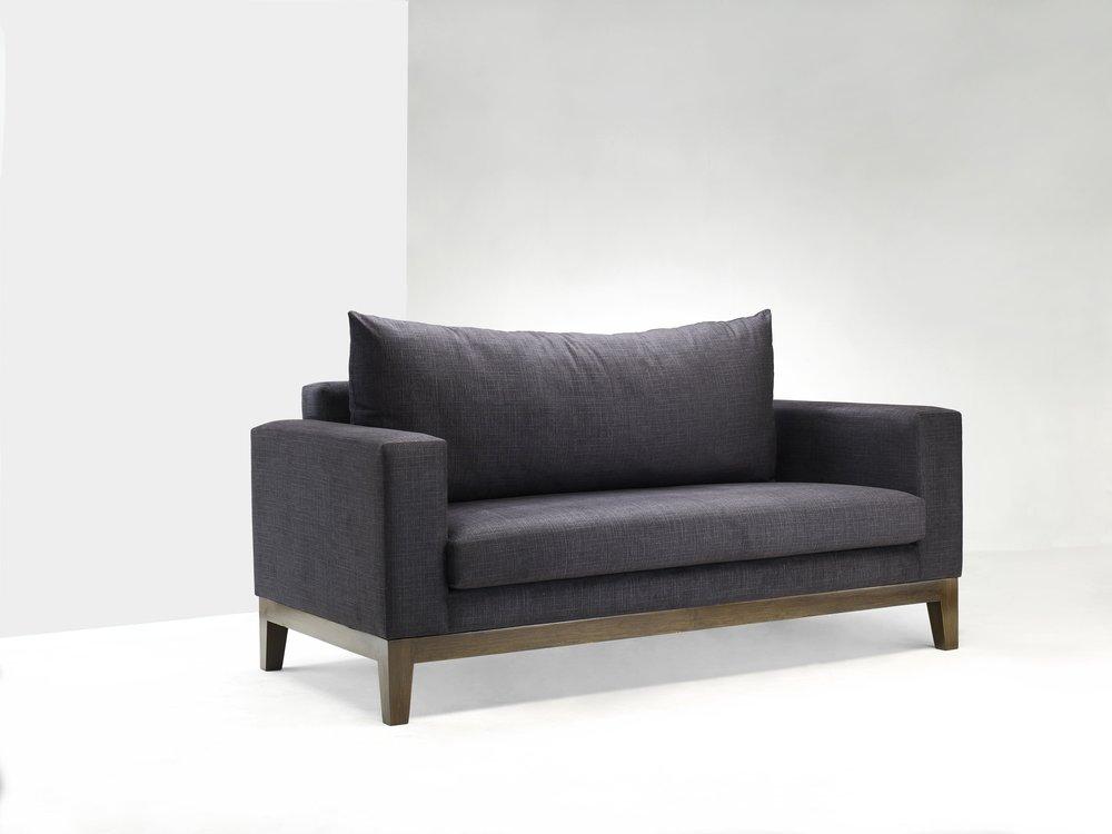 Neha Sofa -