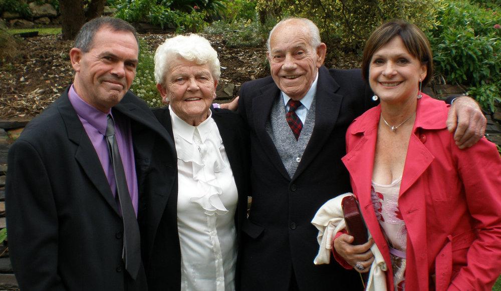 Nanna_Poppa_Trevor_Leonie_Kellys_Wedding_2011.jpg