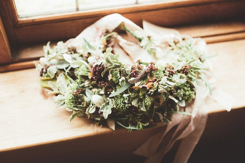 Bridesmiads foliage crowns on window sill