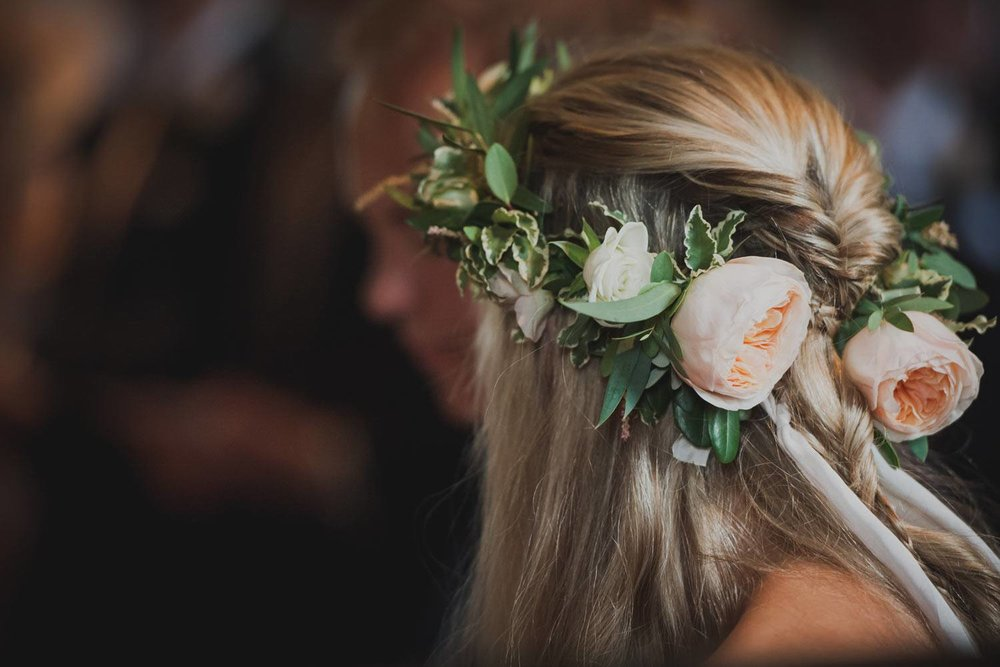 Bridal flower crown with peach garden roses