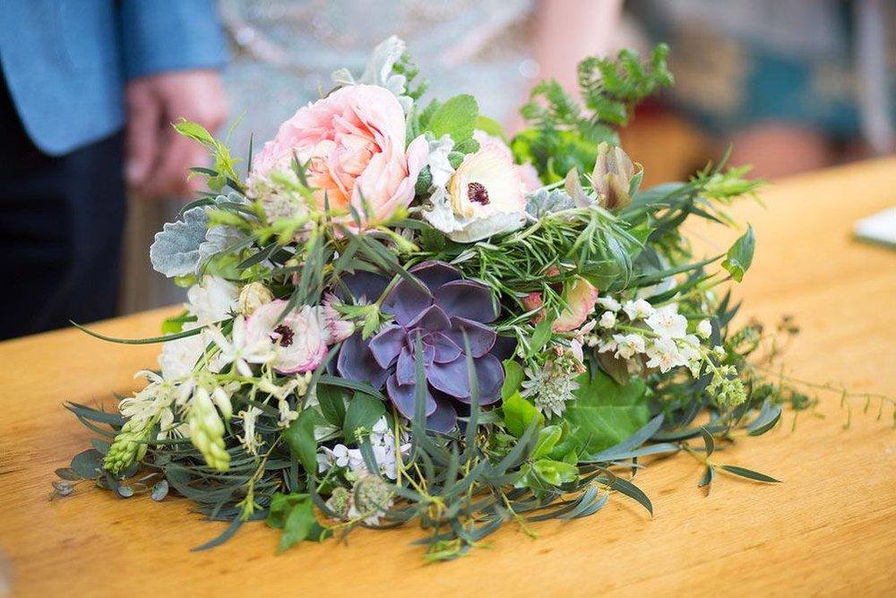 Botanically styled bridal bouquet