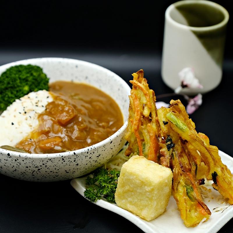 JshinsenCurry Veg Rice.JPG
