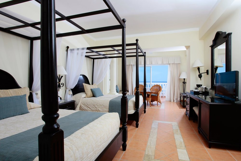 Grand-Bahia-Principe-Jamaica-Room-002-Junior-Suite-Superior-Ocean-View.jpg