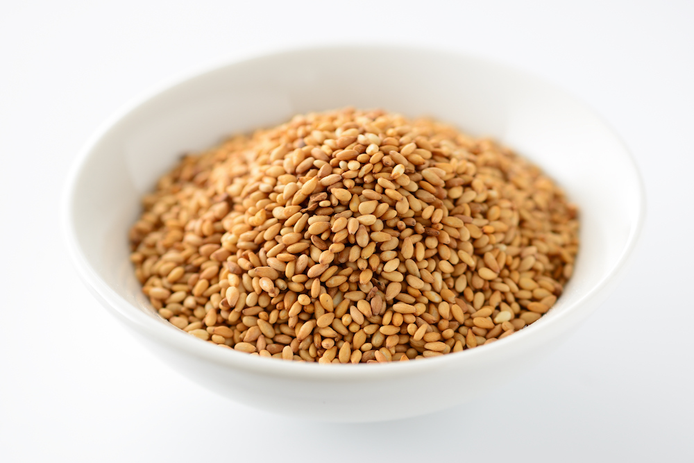 """Sesame Seeds - For good business - 生意兴隆 (Sheng Yi Xing Long) meaning """"Prosperity for the business""""."""