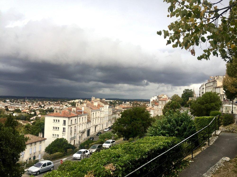 angouleme ramparts 2-min.jpg