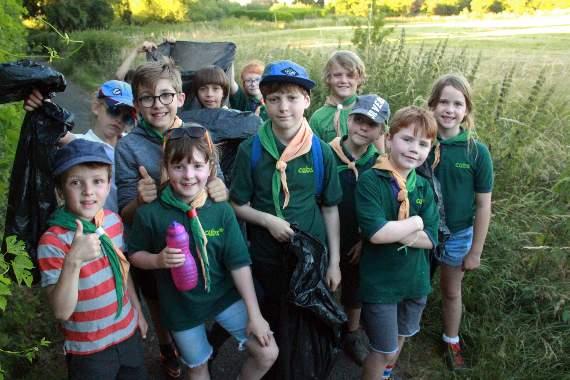 232_Cubs-visit-Bishops-Meadow.jpg