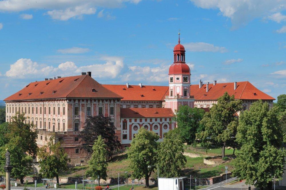 Roudnice_nad_Labem_-z%C3%A1mek-min.jpg