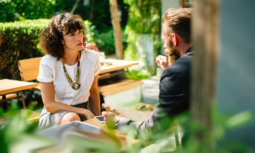 RelatieScan - WETEN WAAR JE NU STAAT3 uur volle aandacht voor jou€239 per persoon | gezamenlijk€299 per persoon | individueelDe RelatieScan is de compacte, complete relatie-checkup die een dieper inzicht geeft in jezelf, je partner en jullie interactie. In drie uur tijd op een rustgevende locatie kom je te weten hoe en waarin jullie verwikkeld zijn geraakt, wat de groeikansen voor je relatie zijn en wat nodig is om goed verder te gaan. Jullie krijgen op jullie persoonlijk toegespitste en toepasbare tips voor individueel en gezamenlijk herstel. Daarmee kunnen jullie zelf bepalen of en hoe je verder wilt met het bereiken van meer kwaliteit van (samen)leven. Je kunt de RelatieScan ook individueel doen om meer zicht te krijgen op jouw aandeel en proces. Inclusief uitwerking op papier en korte Skype-sessie voor (na)vragen.